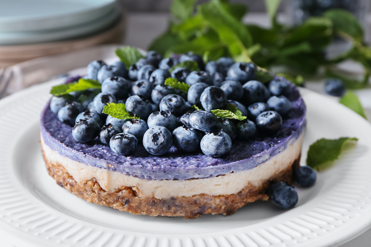 Raw vegan no bake blueberry cheesecake