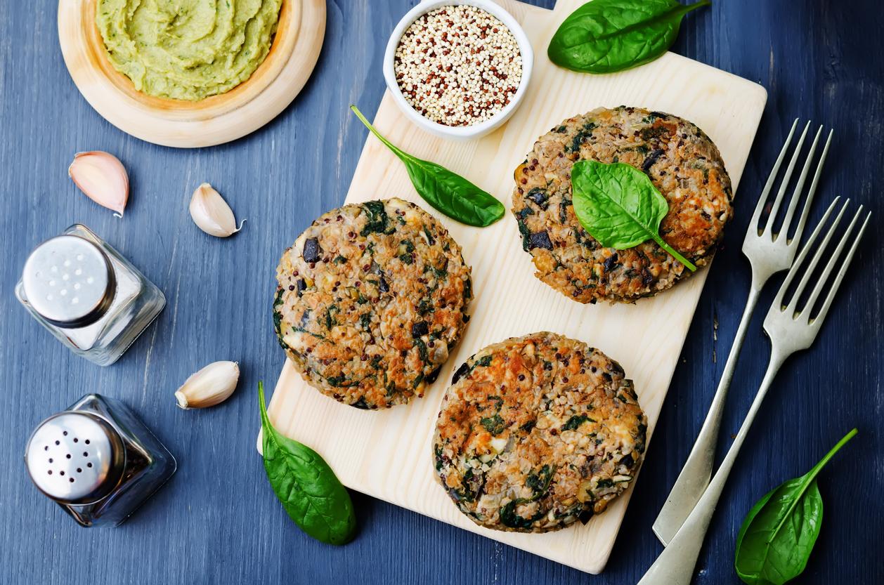bean veggie burgers. Find 6 recipes for beans at GloWellmag.com